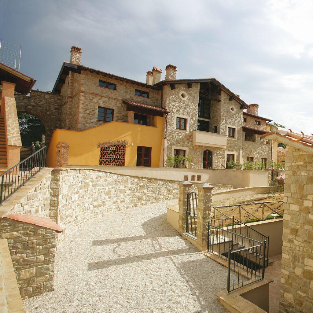 PIETRE NATURALI E RICOSTRUITE  Pavimenti e Rivestimenti Verona: EFFECI SRL